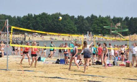 Beachvolleybaltoernooi heeft recordaantal deelnemers