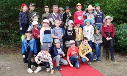 Burgemeester geeft startsein Oktobermaand Kindermaand in De Akker