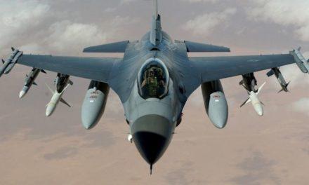 F16-piloten oefenen nu in de avond