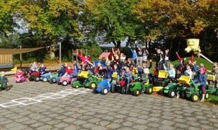 Theresiaschool betuigt steun aan boeren