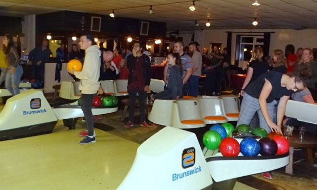 Bowlingtoernooi in volle gang