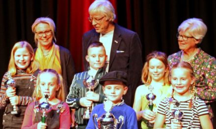 Ann-Marin Spang wordt tweede bij voordrachtwedstrijd Aol'Volk
