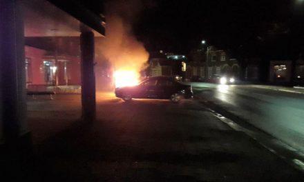 Auto uitgebrand aan Wilhelminasingel