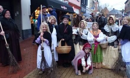 'Kerst in de binnenstad' brengt veel mensen op de been (met veel foto's en filmpjes)