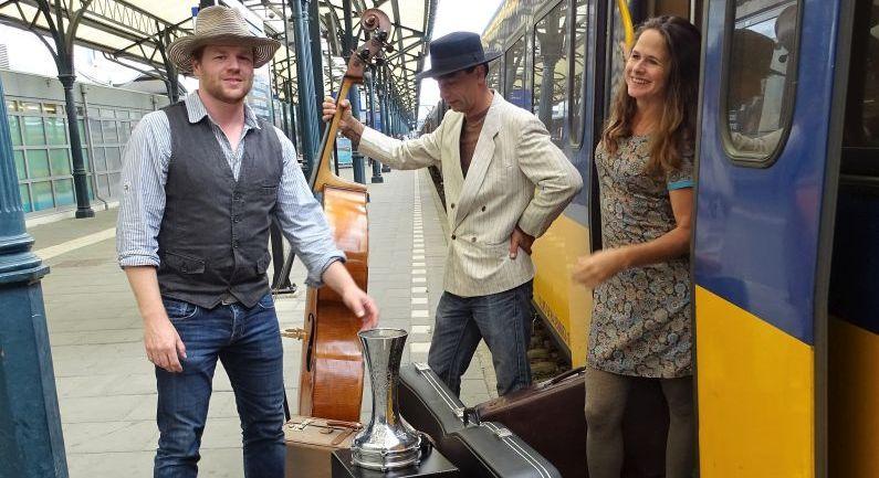 Trio Oriënt treedt op in Oosterhesselen
