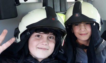 Kinderen De Smeltkroes genieten van brandpreventiedag