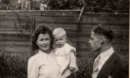 Johan Stoffels vertelt over verzetswerk en dood vader