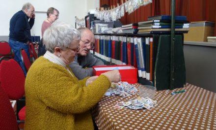 Kleine postzegelbeurs krijgt (inter)nationale allure