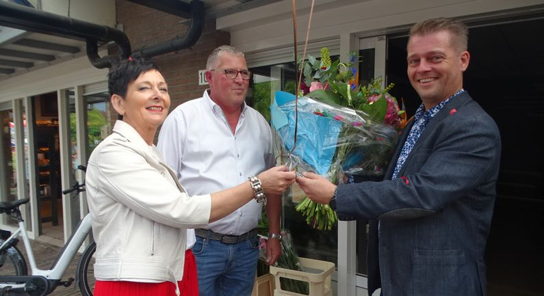 Bert en Tineke Lubberman dragen zaak over aan Douwe Hoving