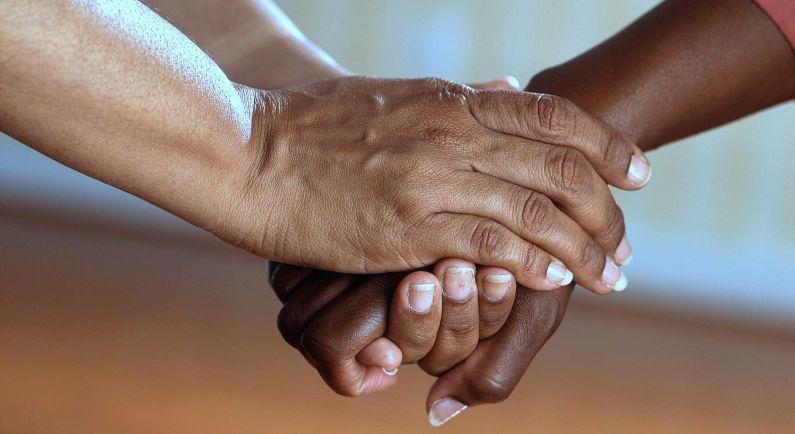 Mantelzorgers kunnen ervaringen en wensen delen in enquête