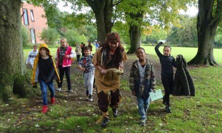Kinderen Parkschool beleven plezier aan vossenjacht