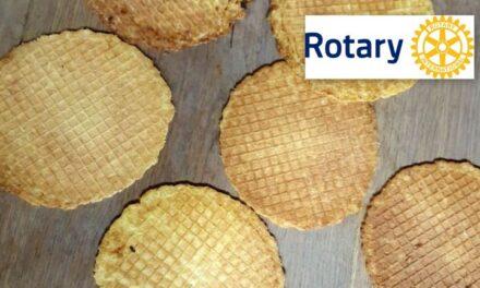 Rotary bakt volop kniepertjes voor verkoop in Dalen