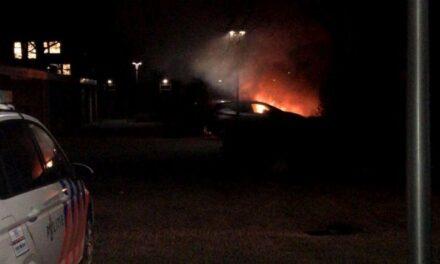 Autobrand in Van Echtenlaan