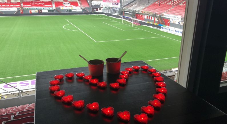 FC Emmen brengt 8.000 koppen soep rond