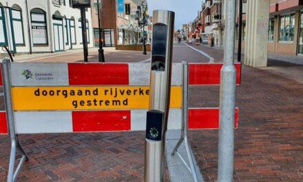 Paal in Friesestraat reeds beschadigd