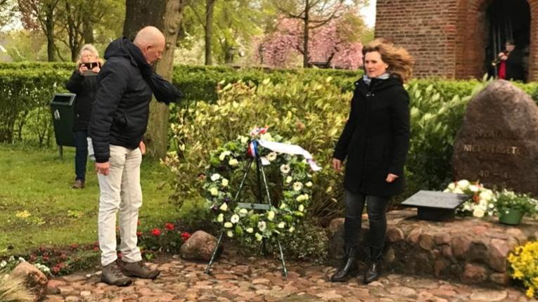 Ook in Oosterhesselen sobere herdenking