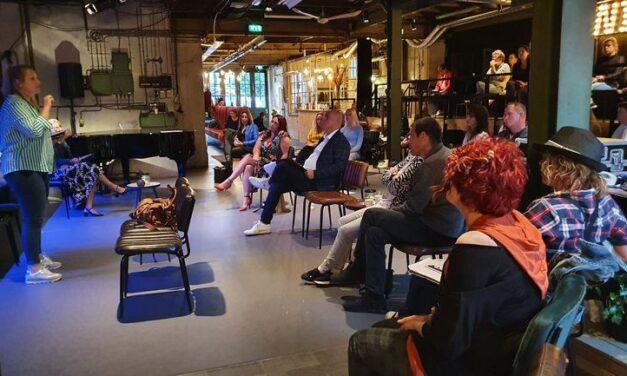 Deelnemers project Levenslied ontmoeten elkaar